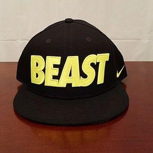 Nike True BEAST Snapback Men's Hat